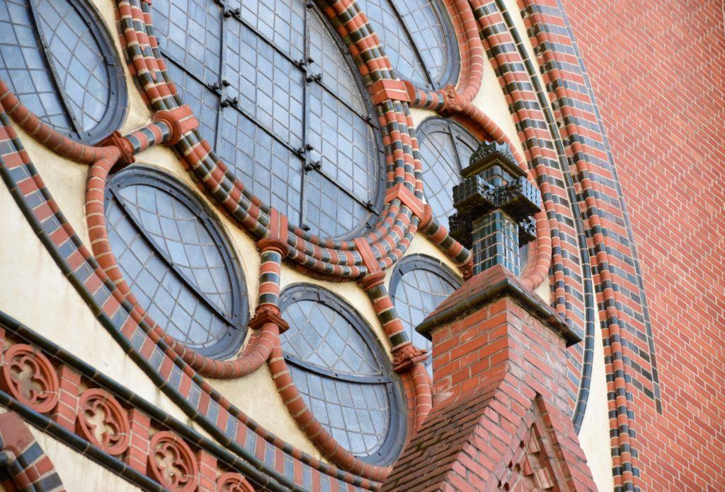 Frontseite der St. Pauluskirche in Moabit