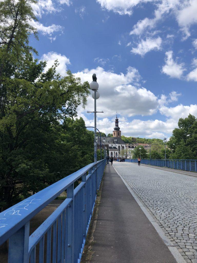 Die Alte Brücke in Saarbrücken, älteste erhaltene Brücke der Stadt (1546-48). © Huber